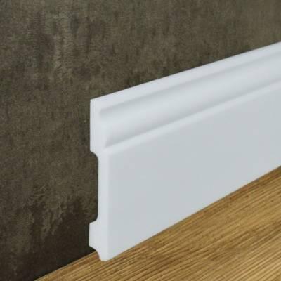 """Fußbodenleiste """"Tilburg"""" (NMC WALLSTYL® - FB2) aus schlagfestem, wasserbeständigem Kunststoff"""