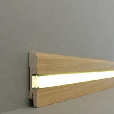 """Licht - Fußleisten / Licht - Sockelleisten """"Erfurt"""" (Echtholzfurnier / 15.7.1L) - Eiche lackiert"""