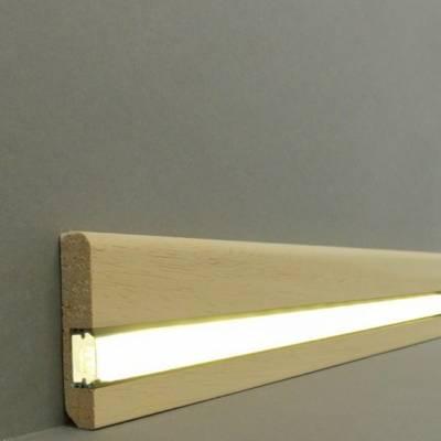"""Licht - Fußleisten / Licht - Sockelleisten """"Bochum"""" (Massivholz / 15.13.58.1L) - Abachi roh"""