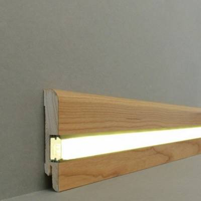 "Licht - Fußleisten / Licht - Sockelleisten ""Erfurt"" (Echtholzfurnier / 15.7.1L) - Kirsche lackiert"