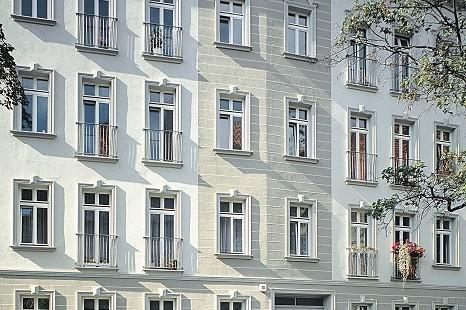 Fassadengestaltung_guenstig_Fassadenstuck_Dekoidee